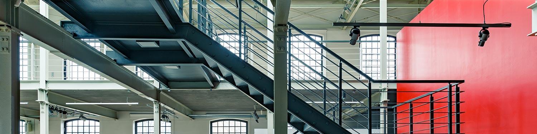 Carpenteria leggera, scale e soppalchi in acciaio